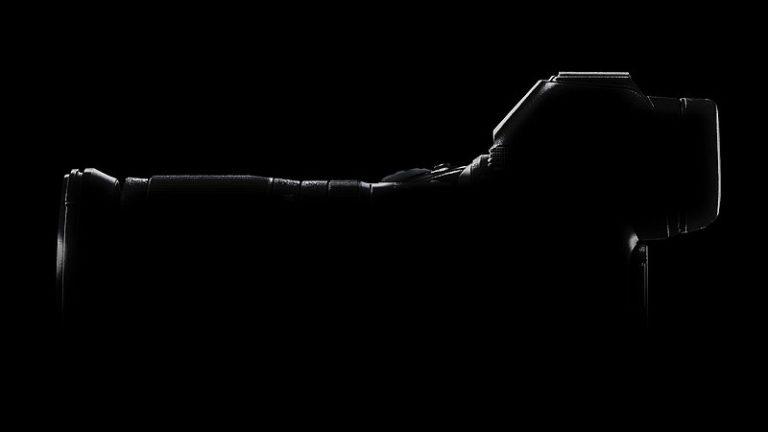 Comunicado del lanzamiento del sistema sin espejo FX de Nikon