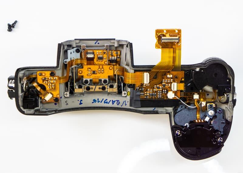 La Nikon Z7 por dentro.