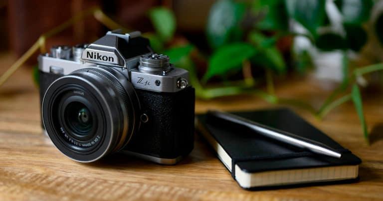Nikon Z FC, una cámara al asalto de Fujifilm X